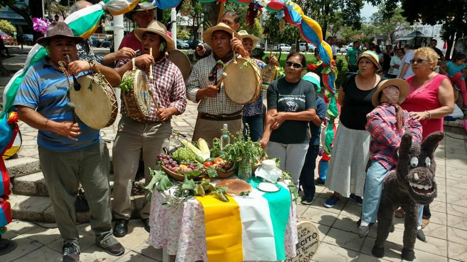 Bendición de los frutos y conmemoración del Día del Chayero [VIDEO]